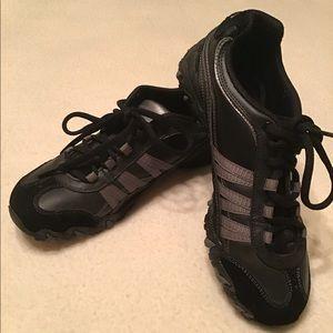 NWOB Skechers Black Lace Sneakers